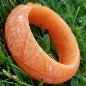 Chunky Vintage Carved Moonglow Swirl Orange Lucite